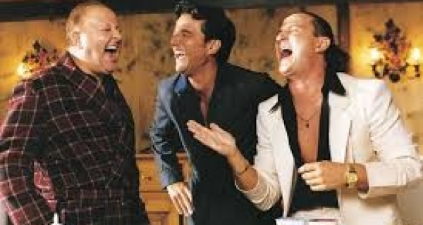 "Photo of Boldi , Salvi , De Sica : le ""vacanze 2000"" top dei Cinepanettoni"