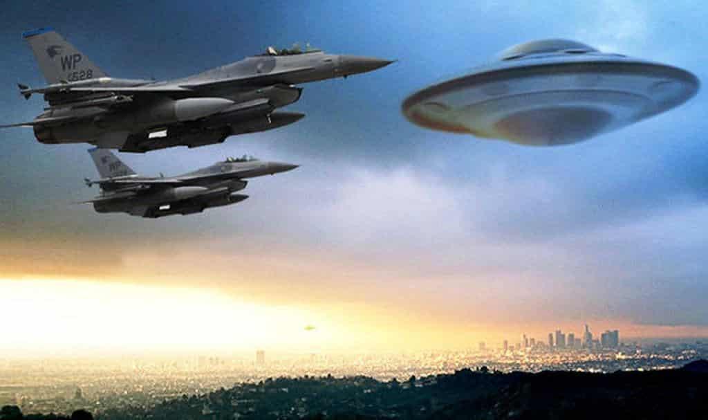 Photo of Quando il fenomeno UFO viene documentato da piloti militari e civili